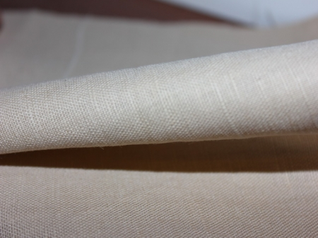 Натуральные полульняные ткани: 98П. Плотный бежевый. Костюмный полулен.