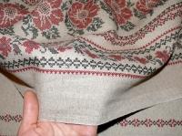 Льняная ткань: 36П. Цветочный узор на темном льне.